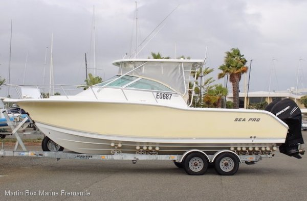 Sea Pro 270 WA Express Twin Mercury Verado 4 strokes