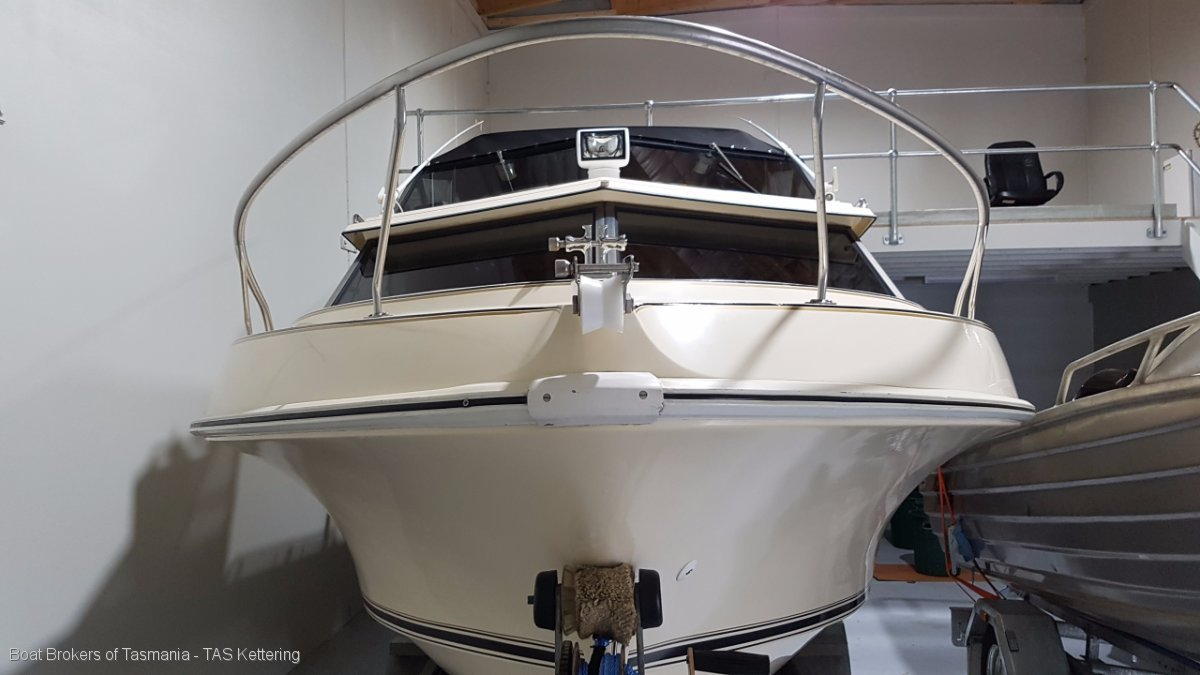 EUREKA Haines Hunter 600c In superb condition. A great opportunity Boat Brokers of Tasmania