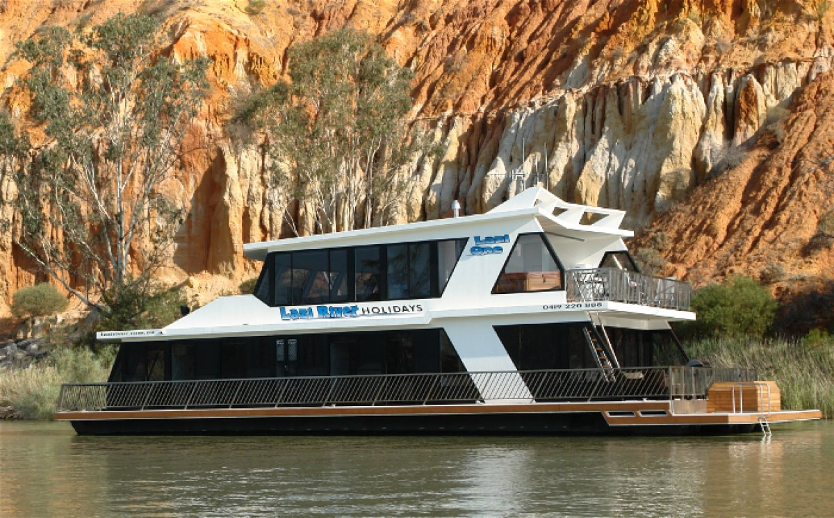 12 Berth 2 Storey 5 star Houseboat:Lazi One
