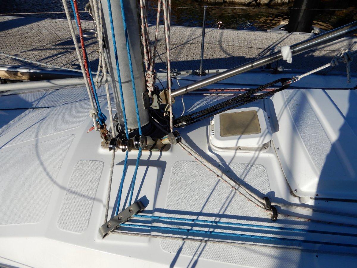 Holland 30 1/2 TON design URGENT SALE NEEDED