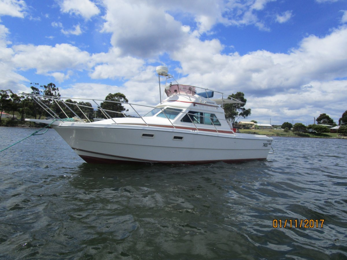 Randell 28 Flybridge Cruiser/ Offshore Fisher