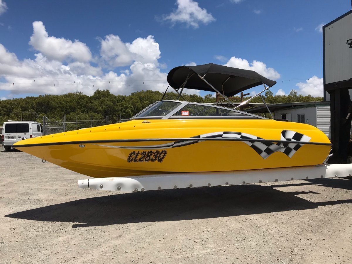 Crownline Bowrider in in stunning condition. First to see will buy