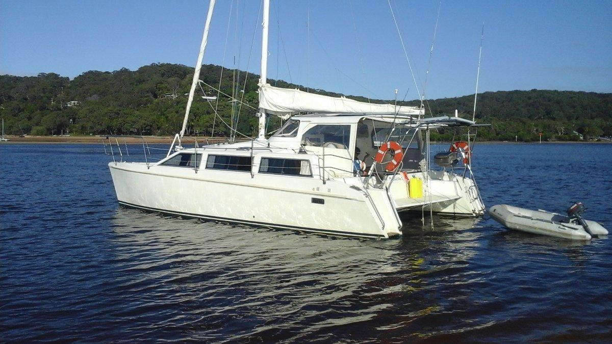 Elite 10m Catamaran
