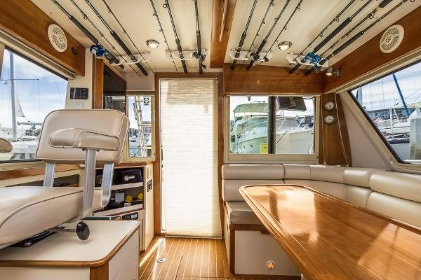 Albin 36 TE Express Flybridge