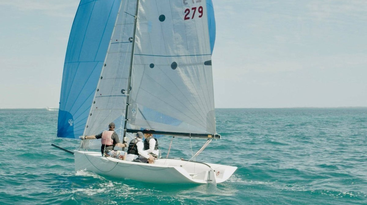 Viper 640 Sports Boat AUS 279