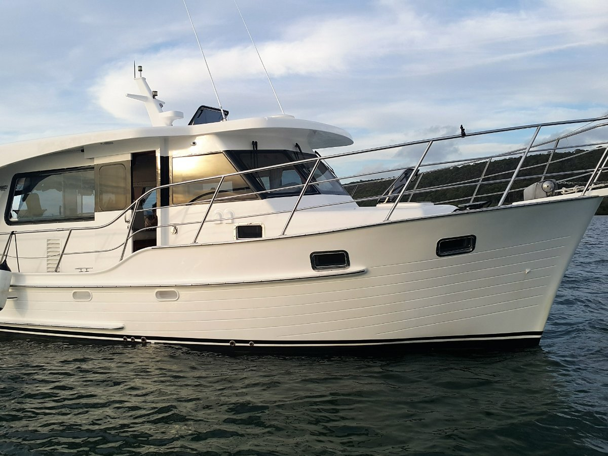 Integrity 380 Sedan boat share with Yachtshare