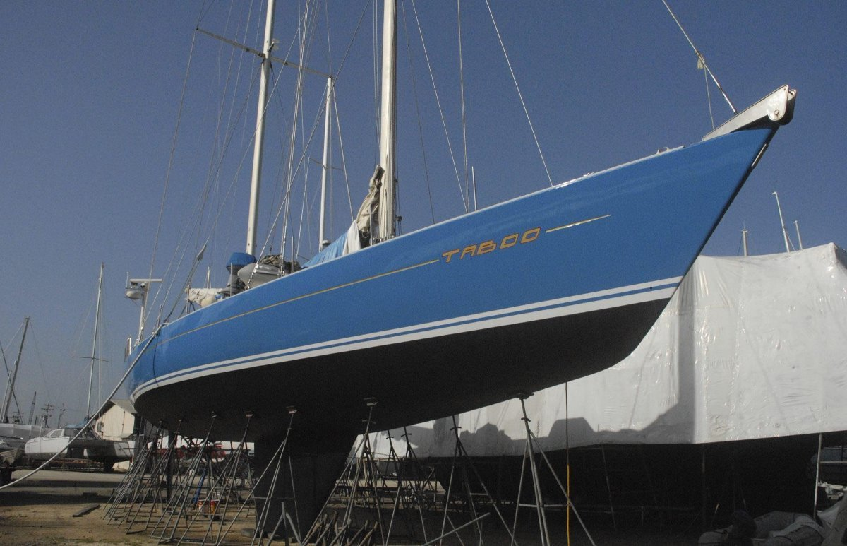 81ft luxury Caribbean based Sailing Yacht