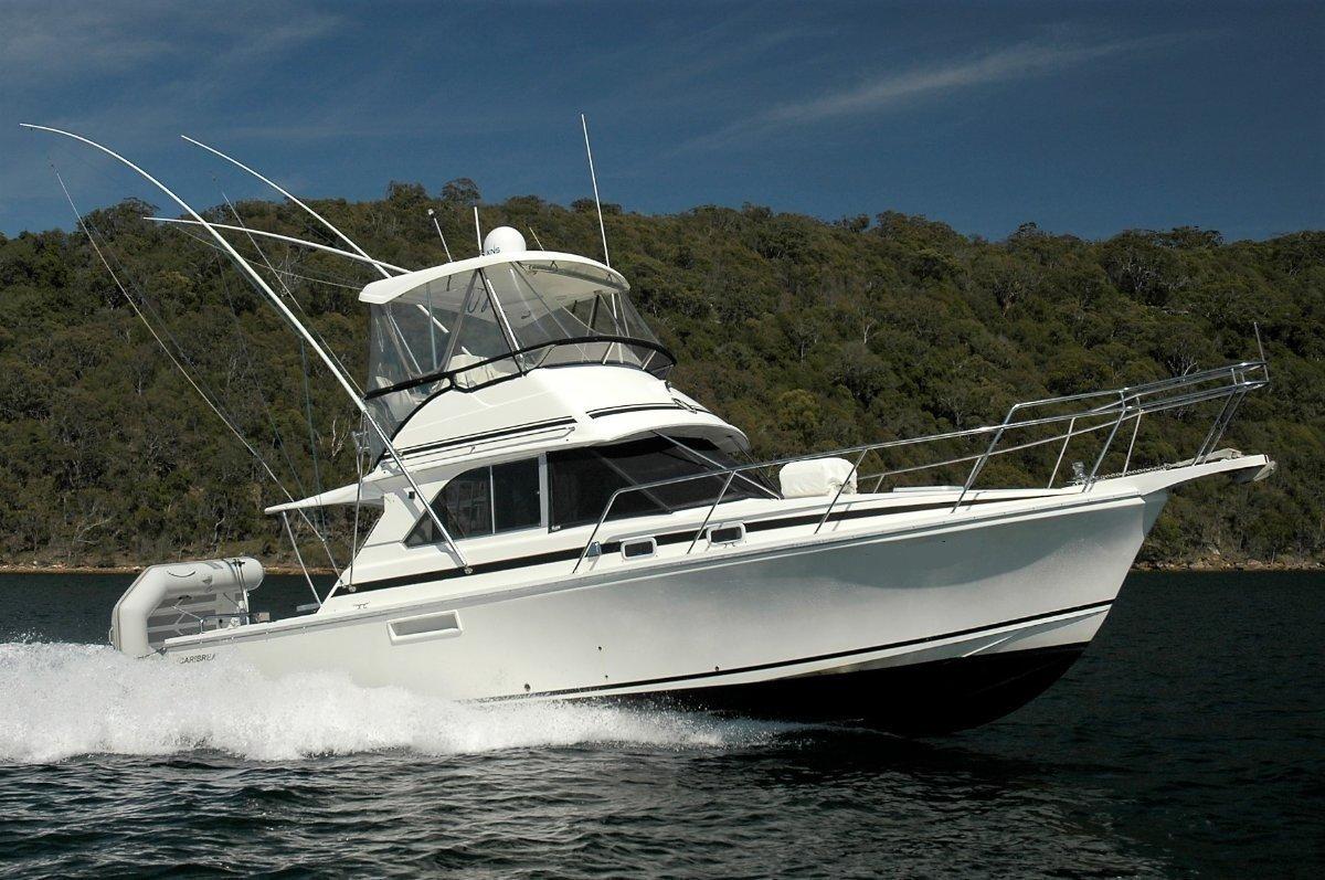 Caribbean 35 Flybridge Cruiser Caribbean / Bertram
