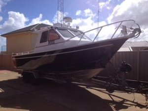 David Young Cabin Cruiser - Turbo Diesel Powered Enclosed Cabin