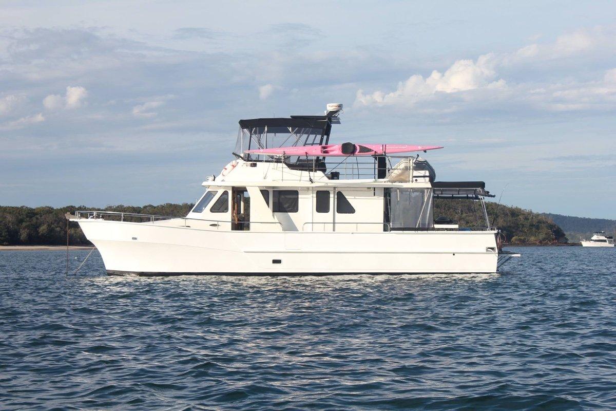 Nustar catamaran power boats boats online for sale for Catamaran fishing boats for sale