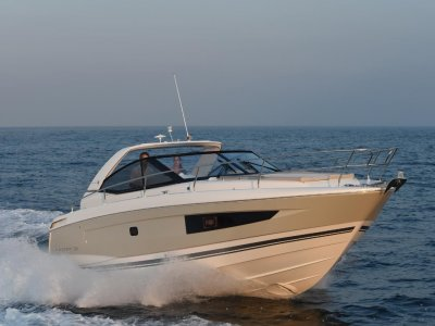 Jeanneau Leader 36 + Twin MerCruiser DTS 350hp