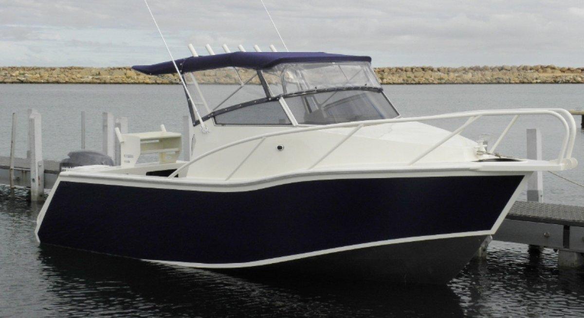 New Sabrecraft Marine Cuddy Cabin 6300