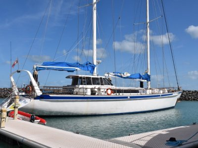 Adams 29.8 Commercial charter yacht