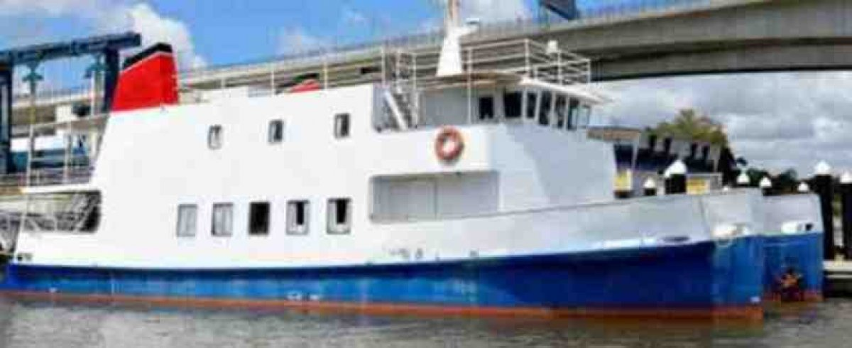 25m Accommodation Catamaran