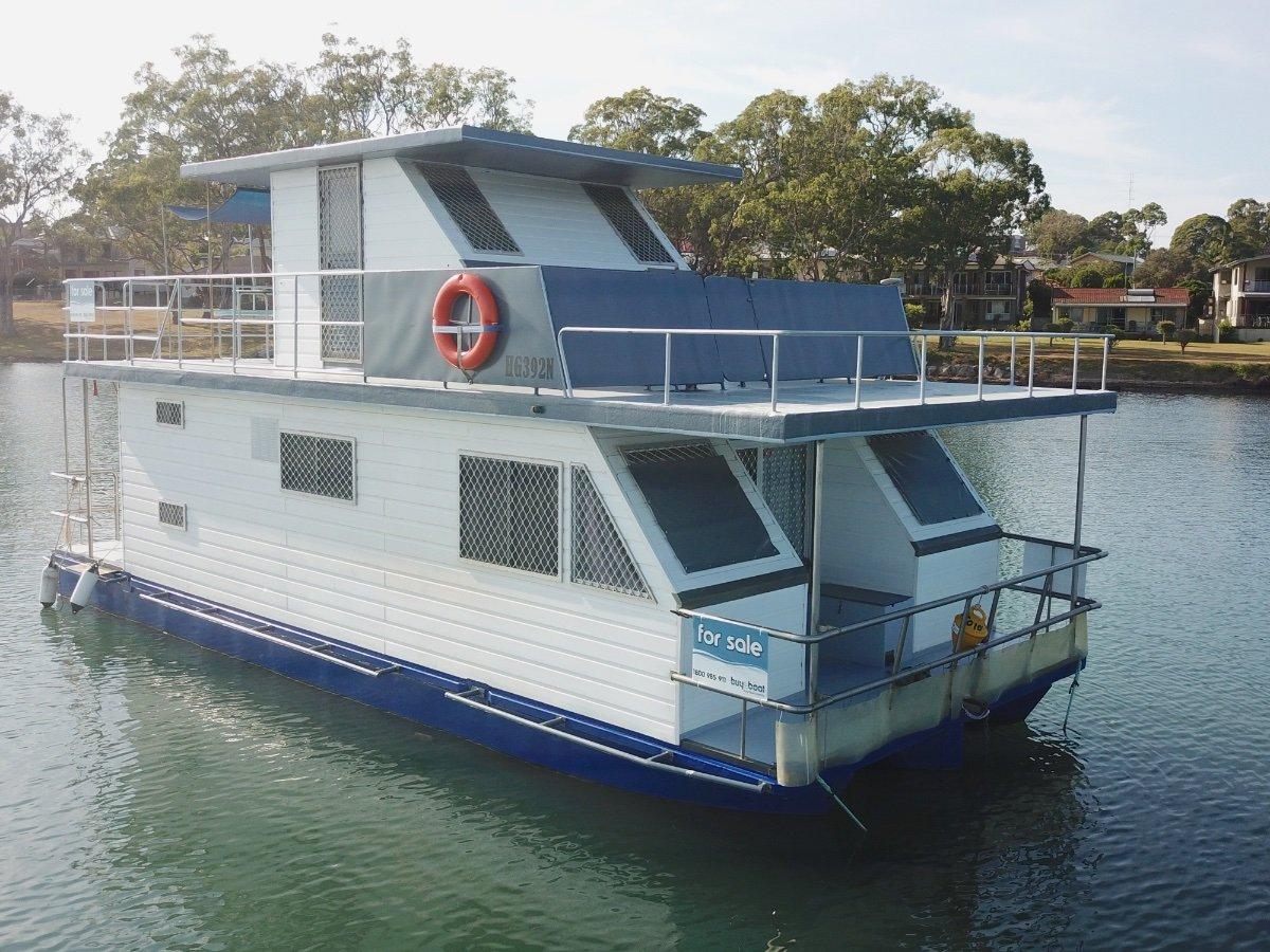 33 Custom Steel House Boat