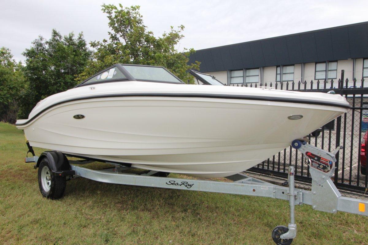 Sea Ray 19 SPX