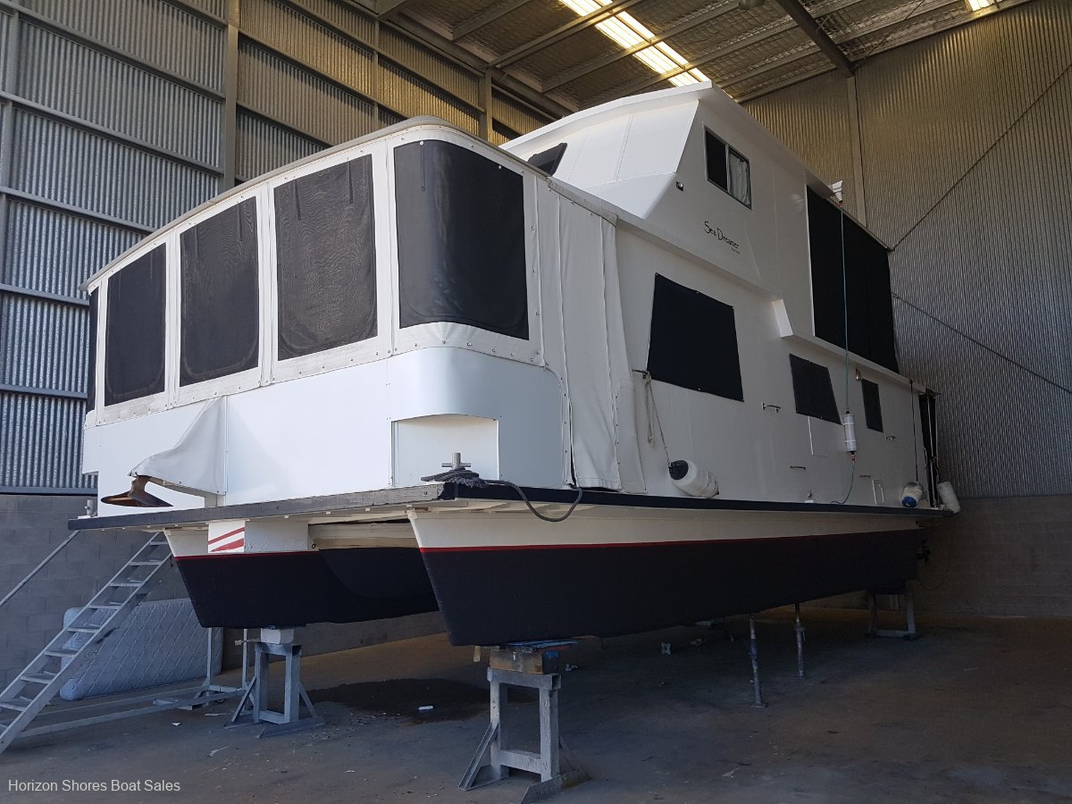 Custom House Boat, Turn Key Vessel