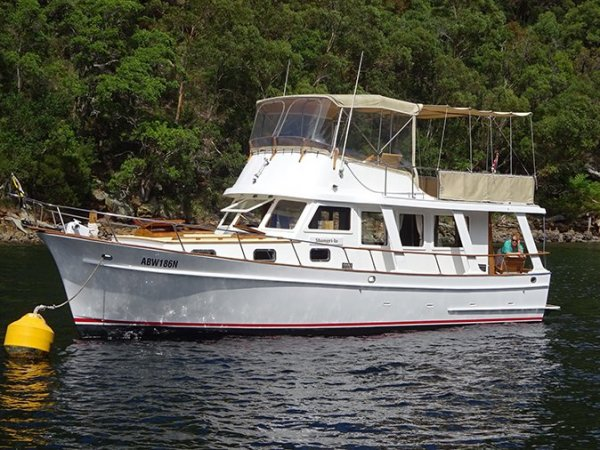 Blue Seas 36 Flybridge Cruiser