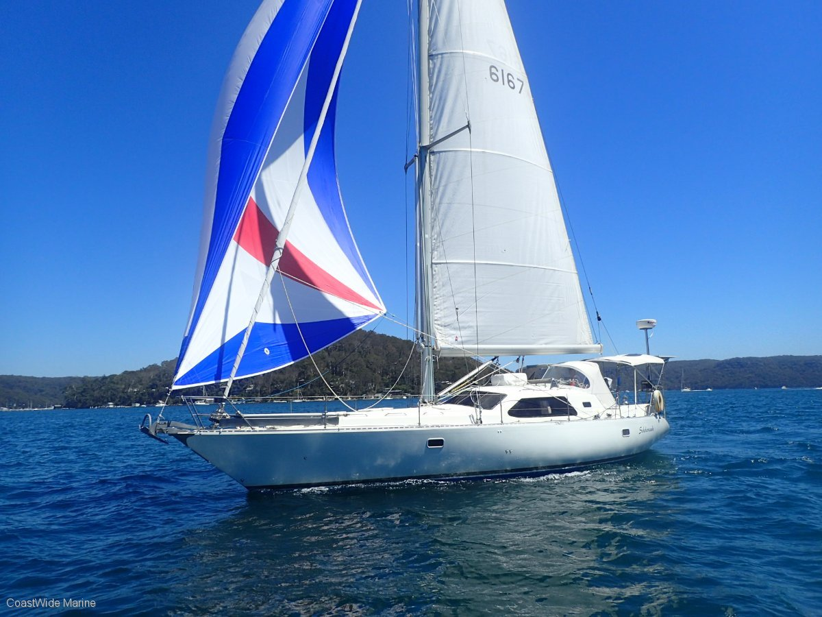 Sunchaser 43 Deck Saloon Sailing Boats Boats Online For Sale