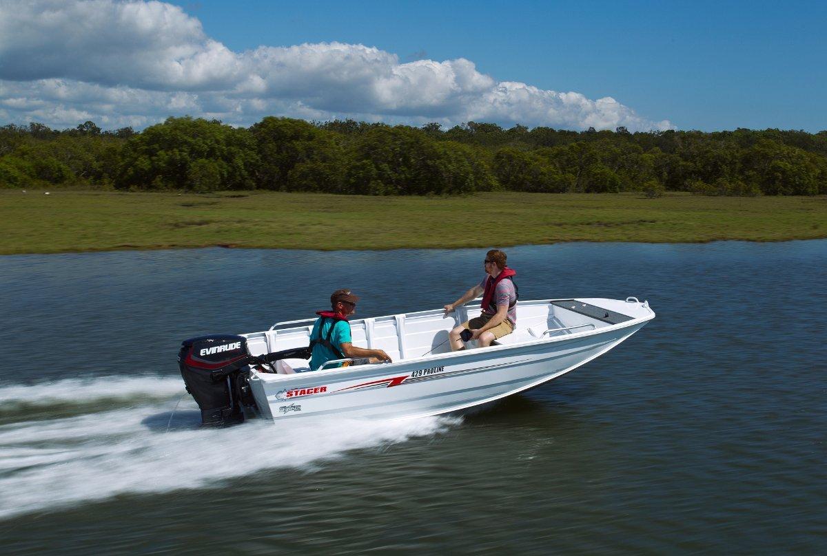 Stacer 429 Proline Angler + Yamaha F30 30hp FourStroke Outboard Motor