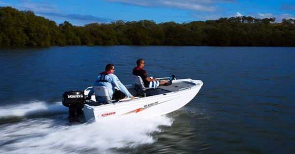 Stacer 409 Assault Pro + Yamaha 25hp Two Stroke Outboard Motor