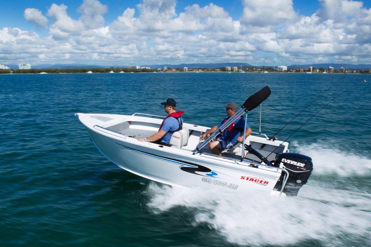 Stacer 429 Outlaw Tiller Steer + Yamaha F30LA 30hp Four Stroke Outboard Motor