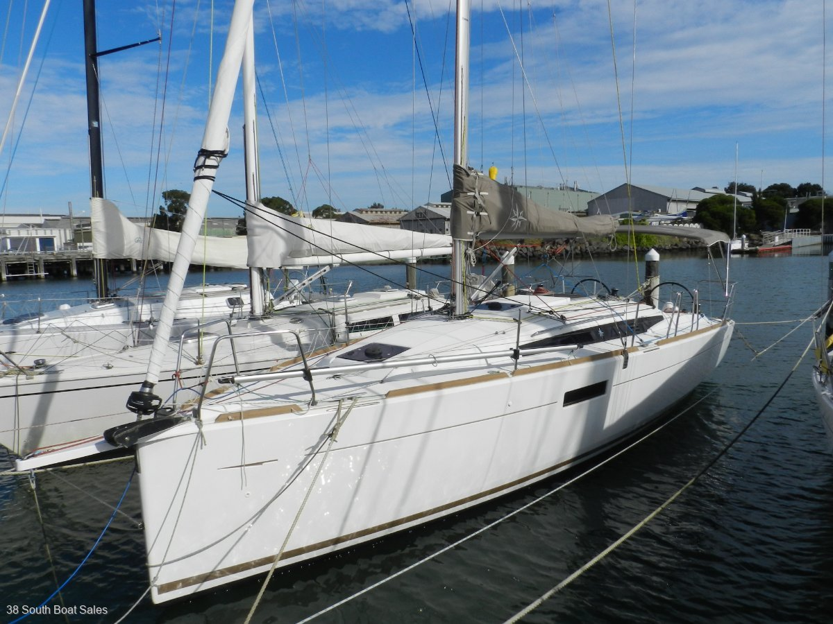 Used Jeanneau Sun Odyssey 349 for Sale | Yachts For Sale | Yachthub