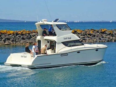 Leisurecat 3500 Sportscruiser Flybridge can be extended to 450 or 45ft.