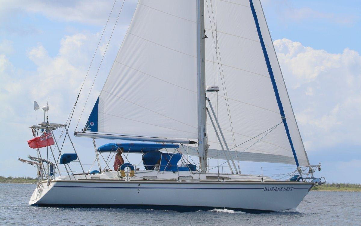 Westerly Oceanlord 41 Monhull Cruising Sloop - visit www. WESTERLY41. Com