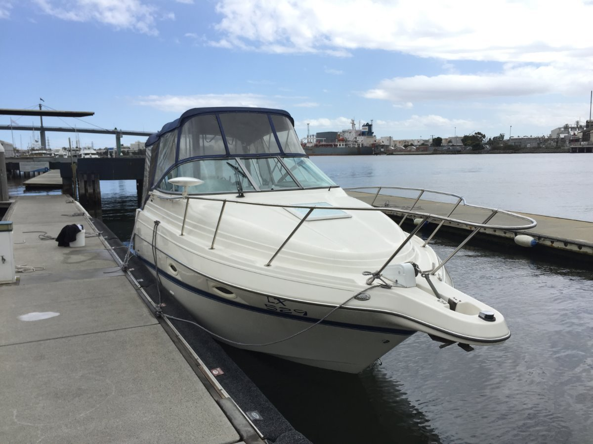 Maxum 2400 SE Great boat with low hours, ready for summer.