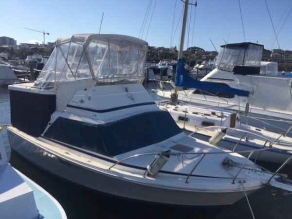 Bertram Caribbean 25 Flybridge CLASSIC AUSSIE BOAT AND THIS ONES A BEAUTY.