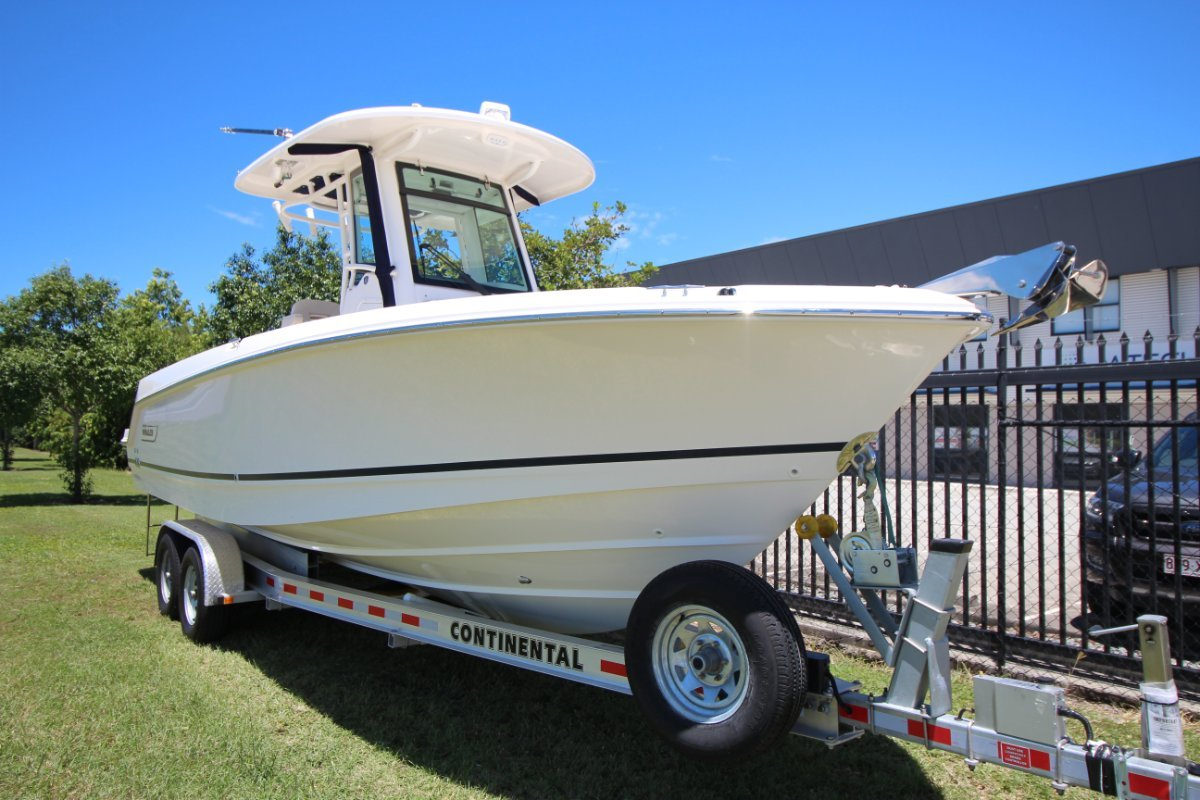 New Boston Whaler 250 Outrage: Power Boats | Boats Online for Sale