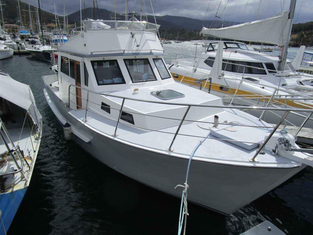Build A Boat Company Legionnaire 36ft Flybridge Motor Cruiser