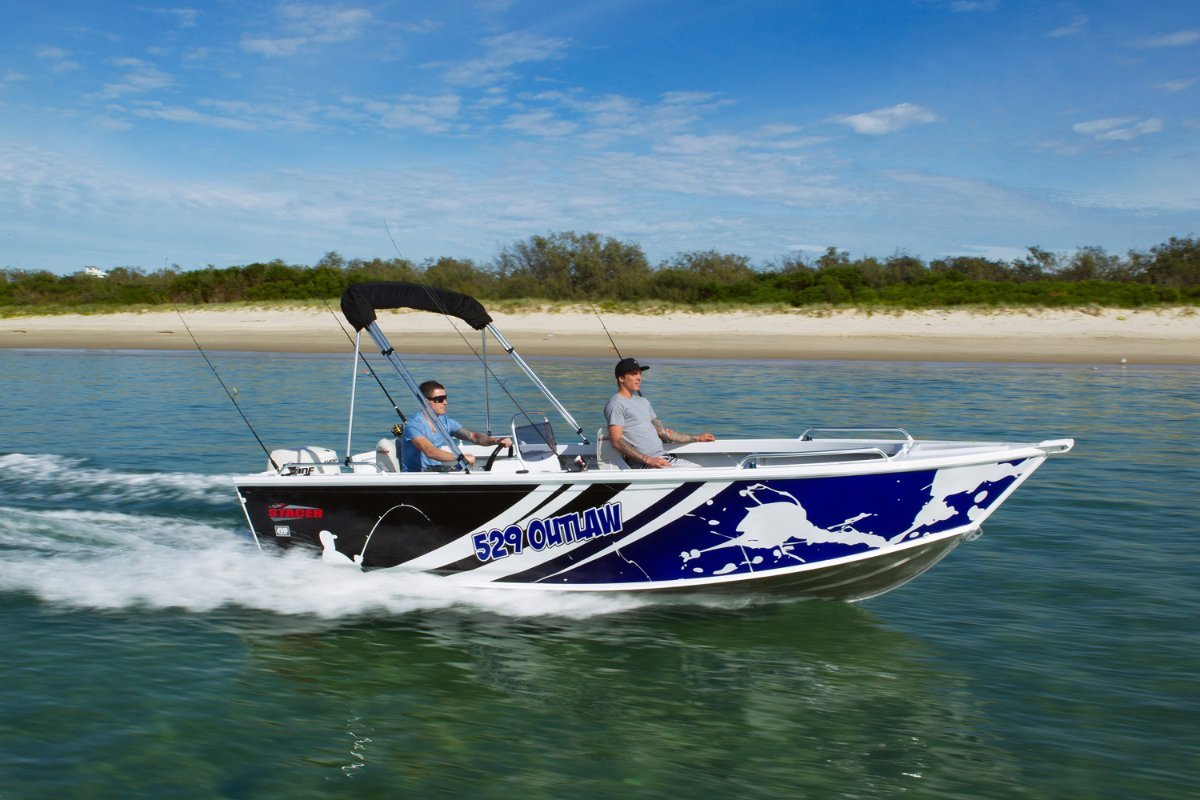 Stacer 529 Outlaw Side Console + Yamaha F60 60hp Four Stroke Outboard Motor