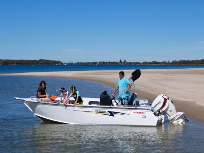 Stacer 539 CrossFire + 70hp 4-Stroke Yamaha Outboard Motor