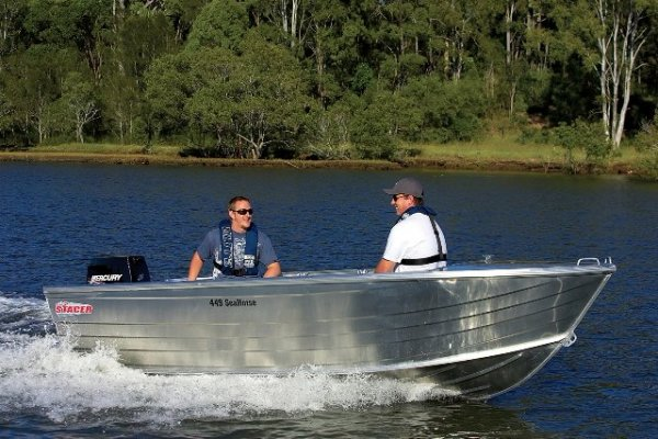 Stacer 449 Seahorse + Yamaha 30hp Four Stroke Outboard Motor