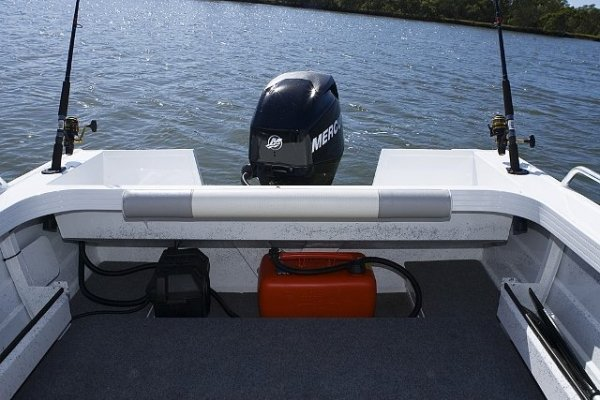Stacer 449 Seaway + Yamaha 40hp Four Stroke Outboard Motor