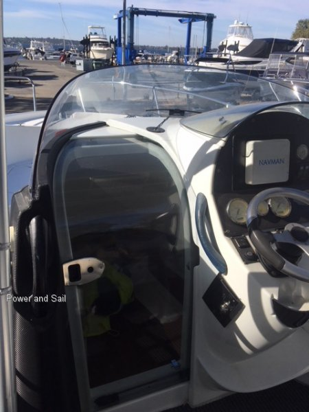 Beneteau Flyer 750 Sun Deck Looking for a centre console then take a look!!