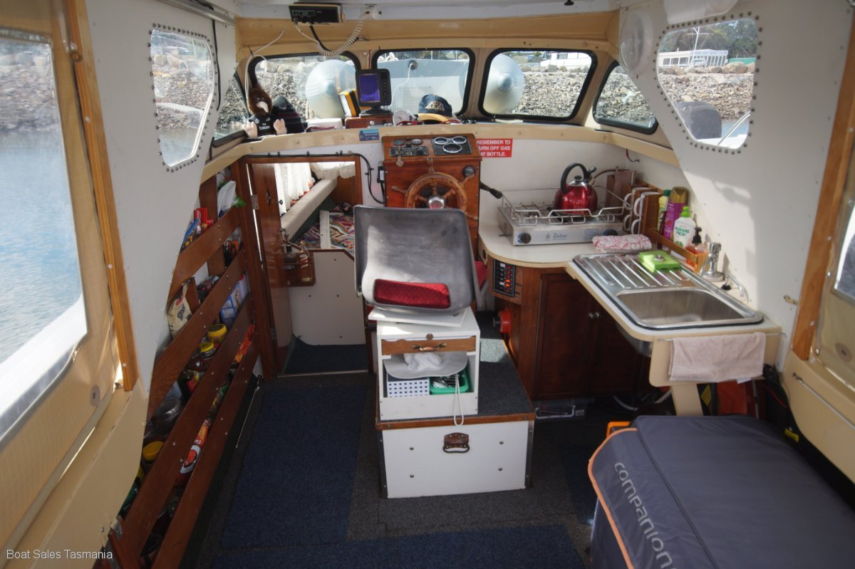 Nordic 23 Cabin Cruiser Quot Sea Otter Quot Power Boats Boats