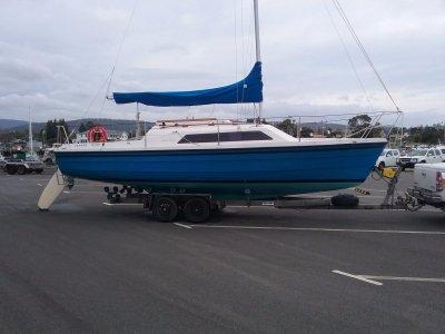 Farr 7500 Trailer Sailer - As New Condition - Original Fitout
