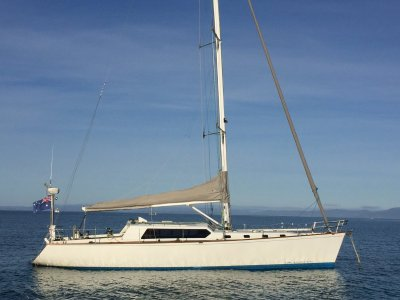 Lyons 47 Pilothouse CRUISE/RACE, EXCELLENT CONDITION NOW REDUCED