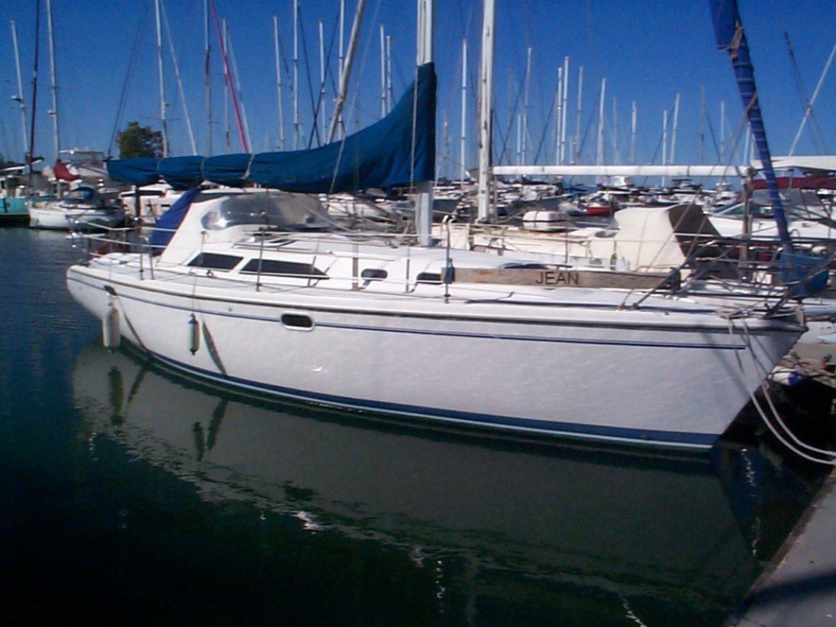 Catalina 320:Catalina 32