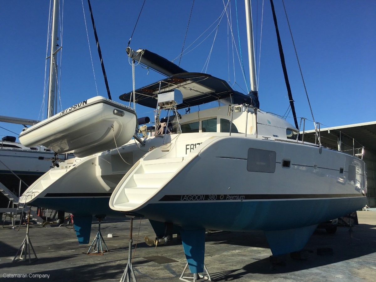 Lagoon 380 S2 Premium Owner's Version