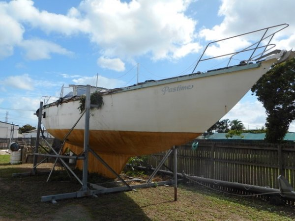 Roberts 44 Offshore Ketch PROJECT and cyclone construction cradle