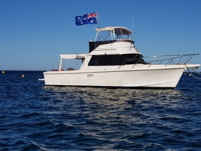 Chivers Mako 32 Flybridge Cruiser