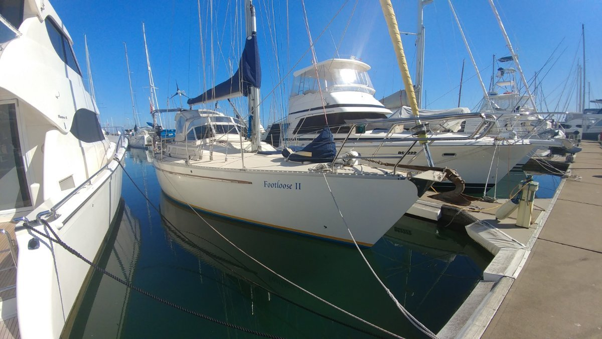 Bluewater Cruising Yachts Bluewater 420RS