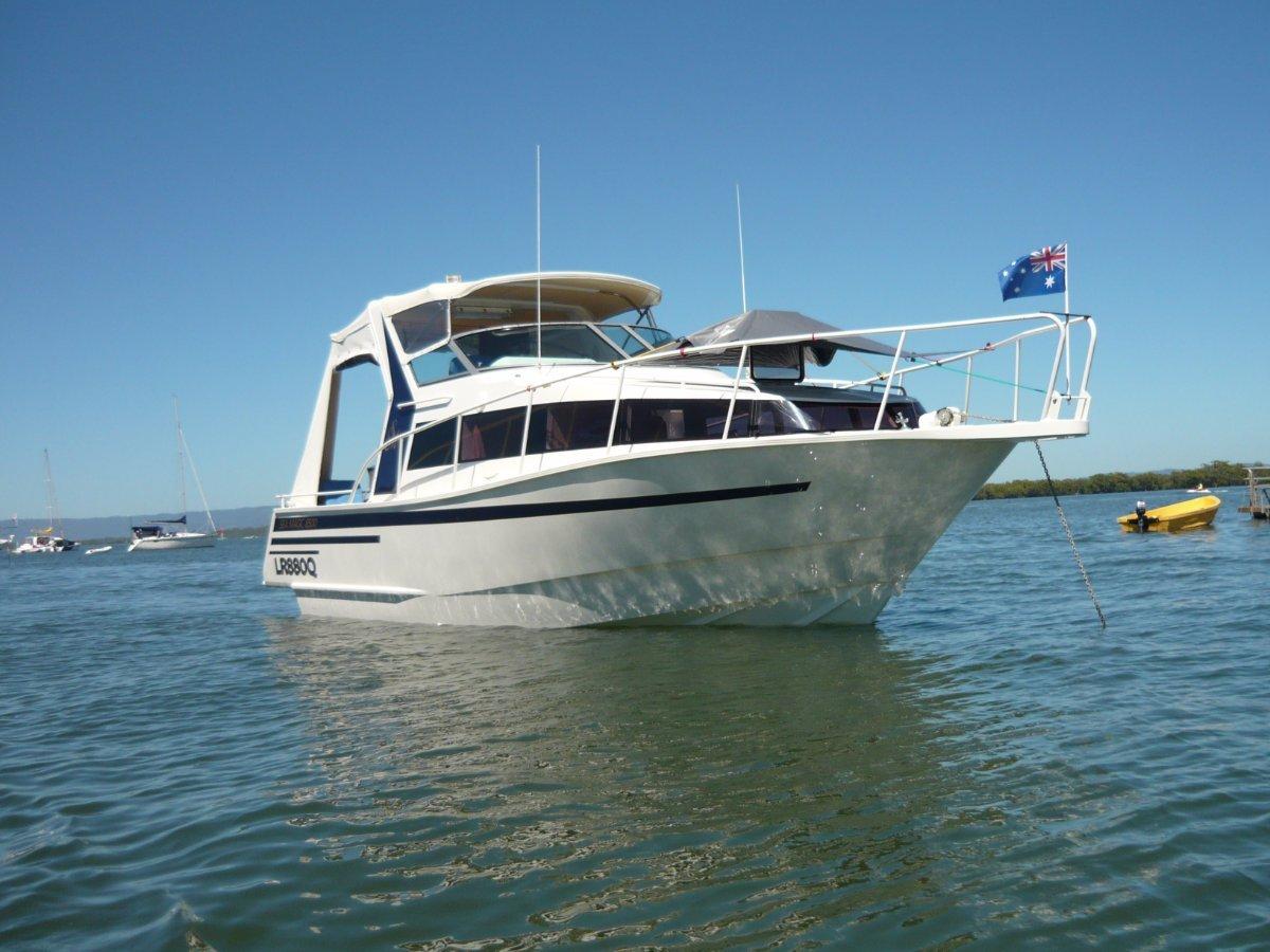 Built by QUEENSLAND SHIPS. Model 8.5m Cruiser:The best 31ft aluminium sports cruiser afloat