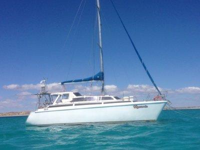Chamberlin Stratus, Big volume catamaran ready to cruise!!
