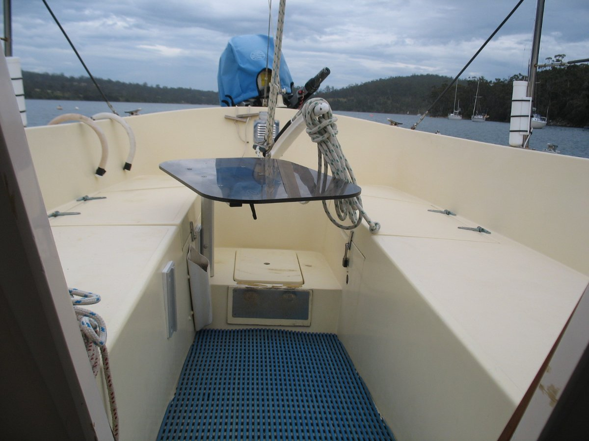 Columbia 22 IN EXCELLENT CONDITION
