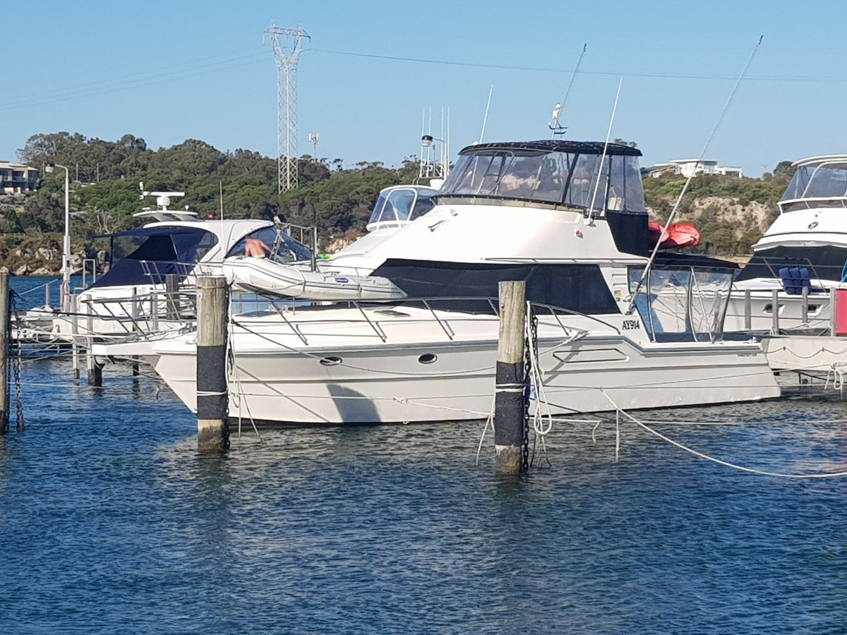Thomascraft 40 Flybridge HUGE PRICE REDUCTION, MUST SELL!!